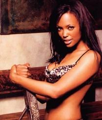 Aisha-Tyler-4