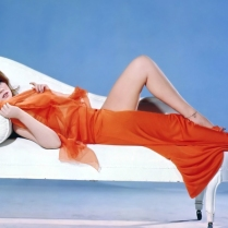 Ann-Margret-Red-Chaise